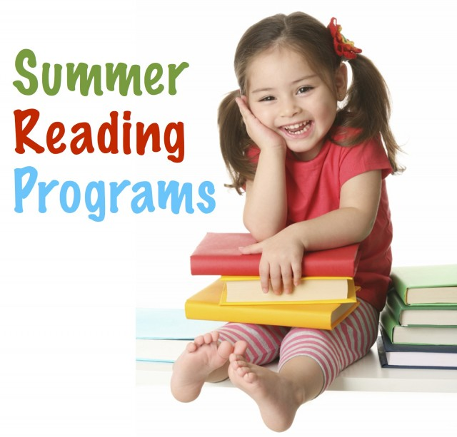 Looking for ways to motivate your kids to read this summer? Here's a whole list of incentive programs from which to choose! | www.flandersfamily.info