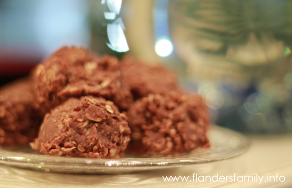 No Bake Chocolate Peanut-Butter Cookies