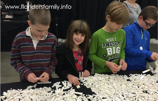 BrickUniverse: Fun-Filled Lego Fan Fest!