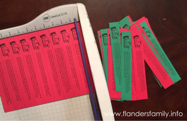 Keep CHRIST is CHRISTMAS! This free printable advent scripture chain is a great way to focus on the real reason for the season, while counting down the days until Christmas. Find more CHRIST-centered Christmas ideas at www.flandersfamily.info
