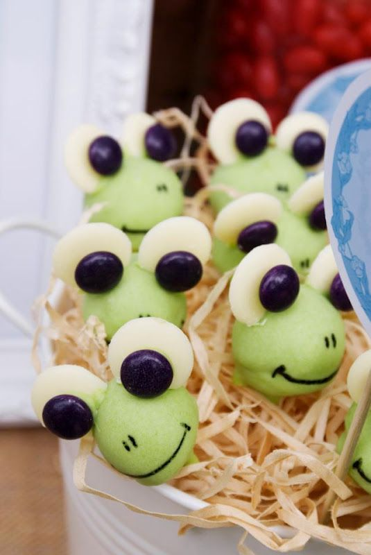 grape frogs - simple and sweet