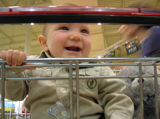 How to keep your little ones happy while shopping...