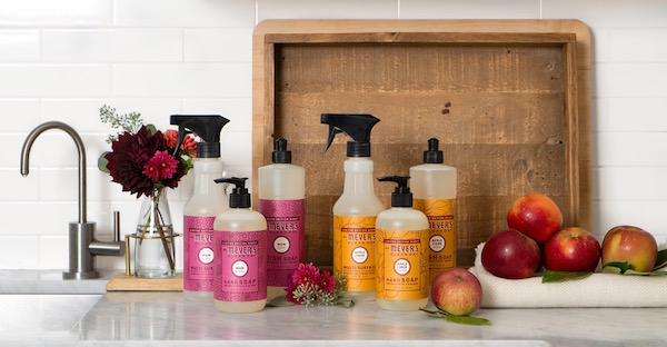 Free welcome package of fall scents for new Grove Collaborative customers