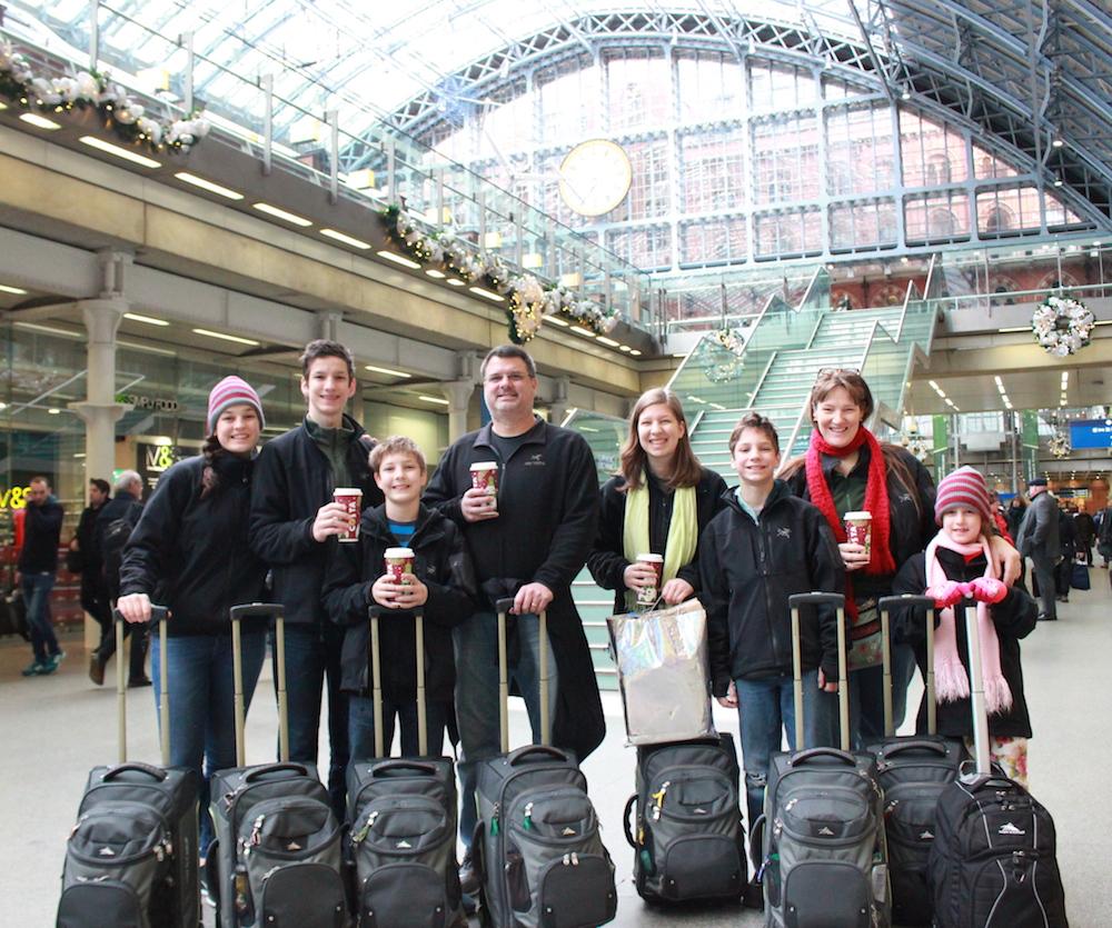 Flanders family backpacks Europe