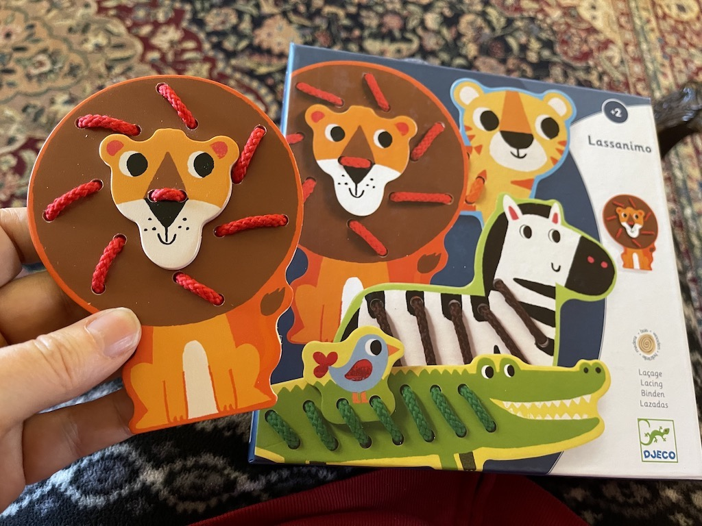 Wooden Lacing Zoo Animals