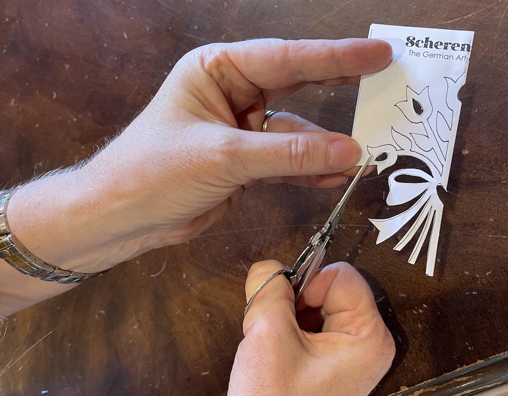 cutting paper bouquet